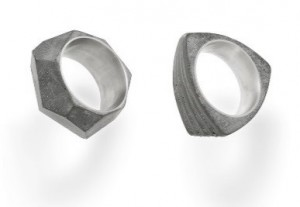 Rings made of concreteand silver, desgin by : Studio 22